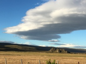 Patagonian steppes scenery abounds on Est. Tecka